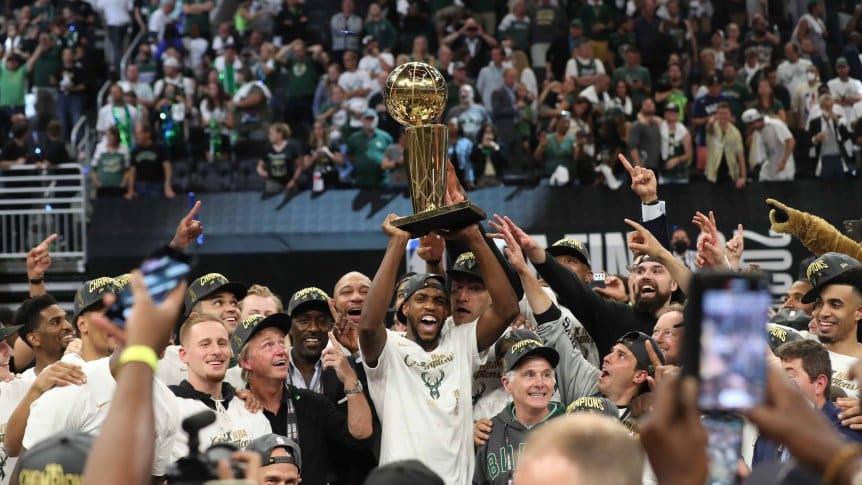 Milwaukee Bucks logró el anillo de la NBA tras vencer a Phoenix Suns
