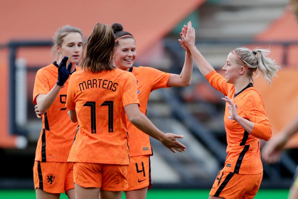 Países Bajos supera a Francia y es tercera en el ranking FIFA femenil